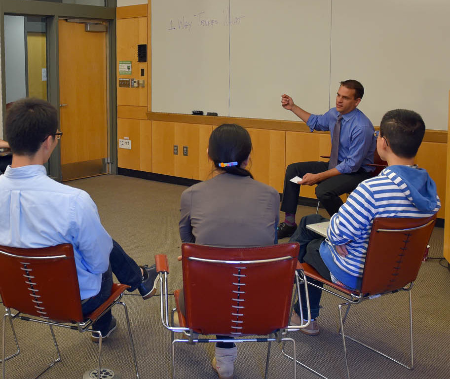 A group of participants in a roundtable discussion.